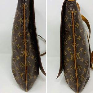 Louis Vuitton Bags - Authentic Louis Vuitton Musette GM Crossbody Bag